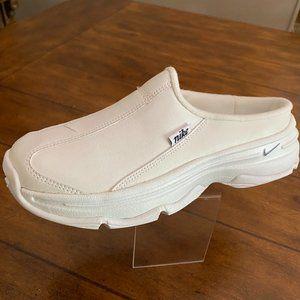 Vintage Nike Womens Sz 7 1/2 Nurse Clogs Slip Ons